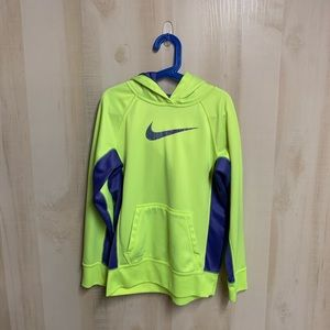 EUC Nike Therma-Fit Hoodie Size Large